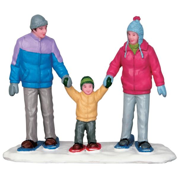 snowshoe family lemax 52336
