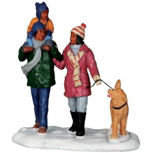Winter Walking 62446 lemax